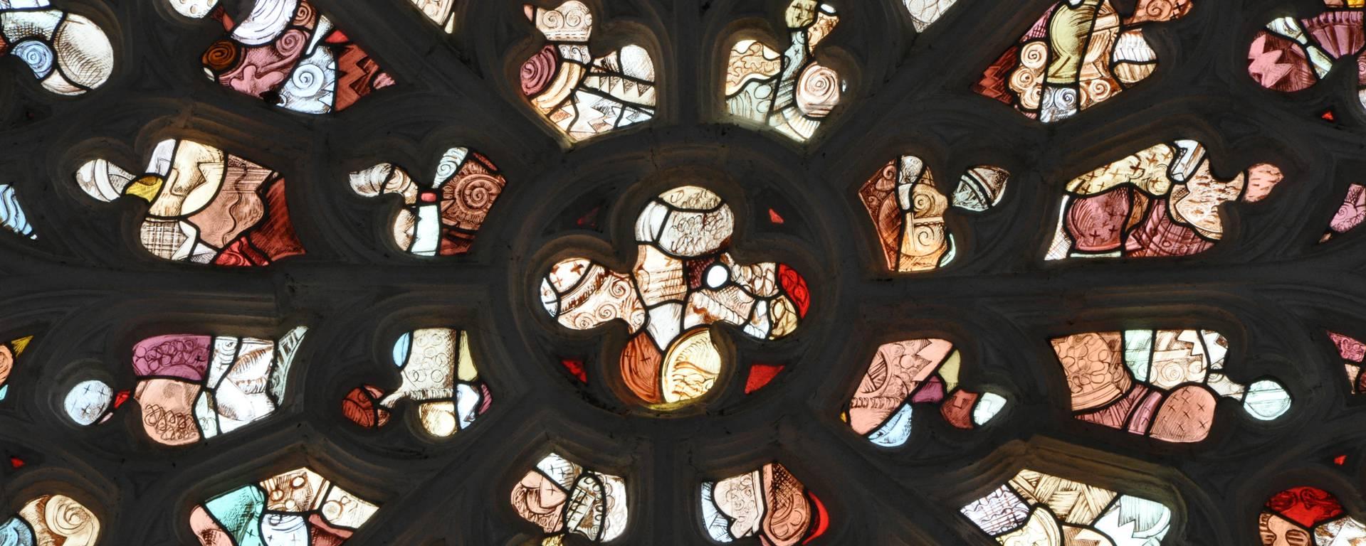 Stained glass, Notre-Dame de Kernascléden © OTPRM