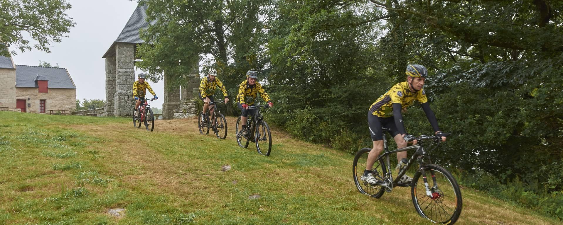 Cycling -© M-A Gouret-Puillandre