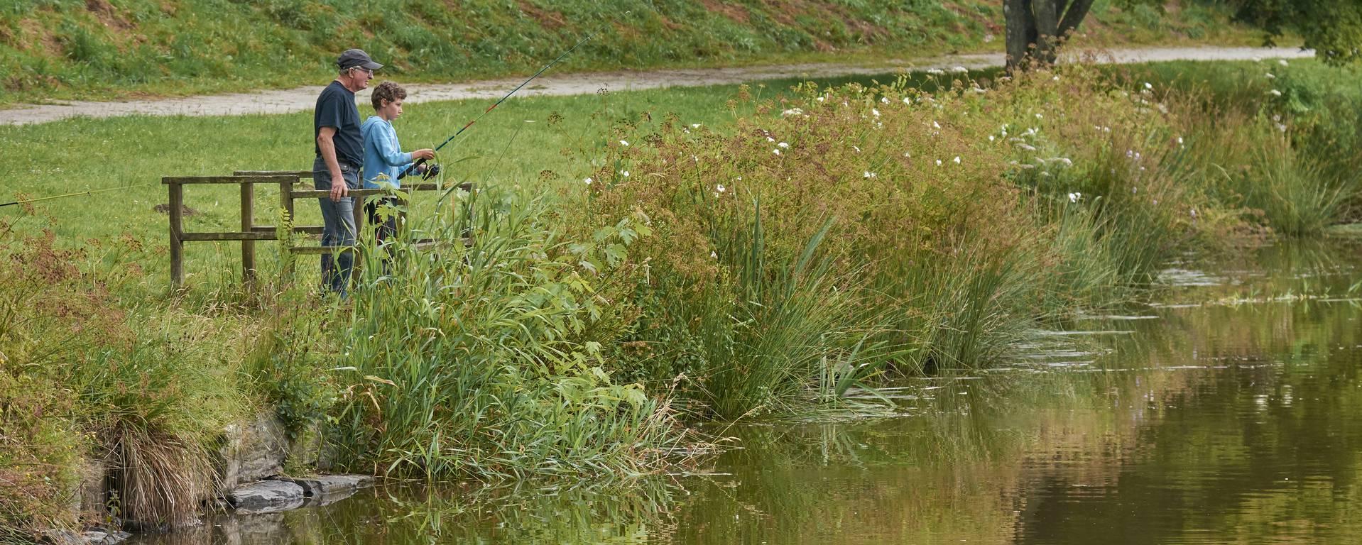 Pêche à l'étang à Gourin © M-A Gouret-Puillandre
