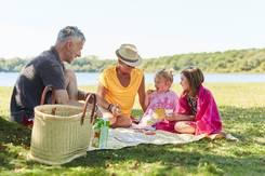 Pause en famille au lac du Bel-Air à Priziac