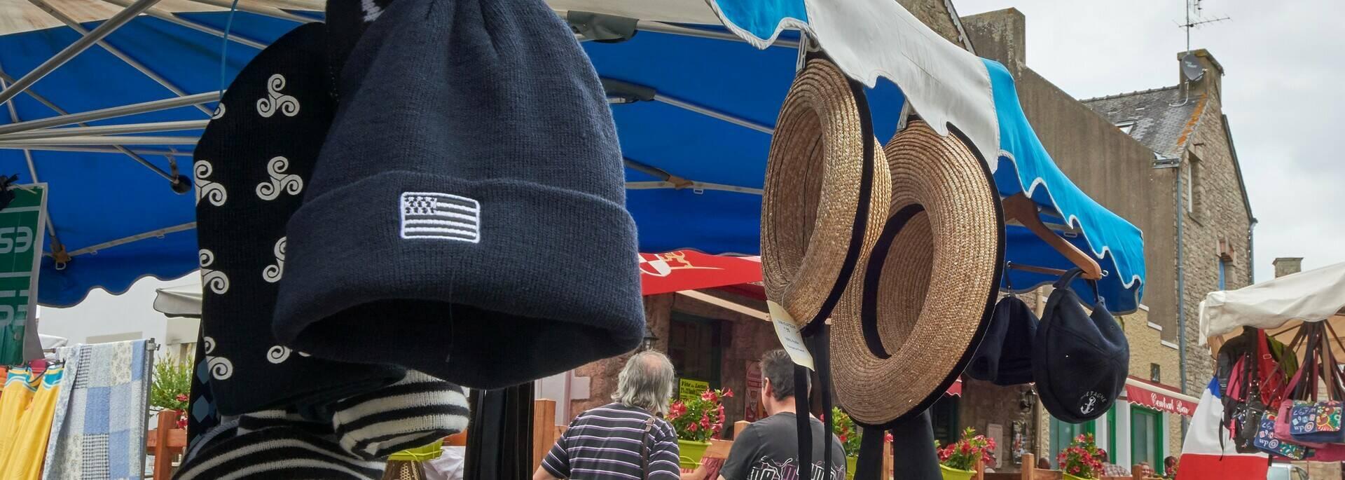 Jour de marché au Faouët © MA Gouret-Puillandre