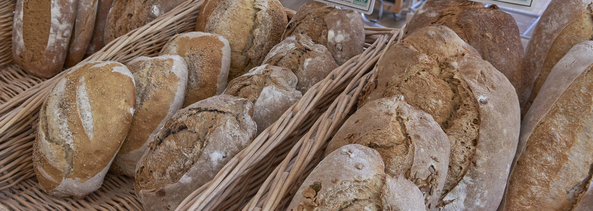 Traditional loaves © MA-Gouret-Puillandre