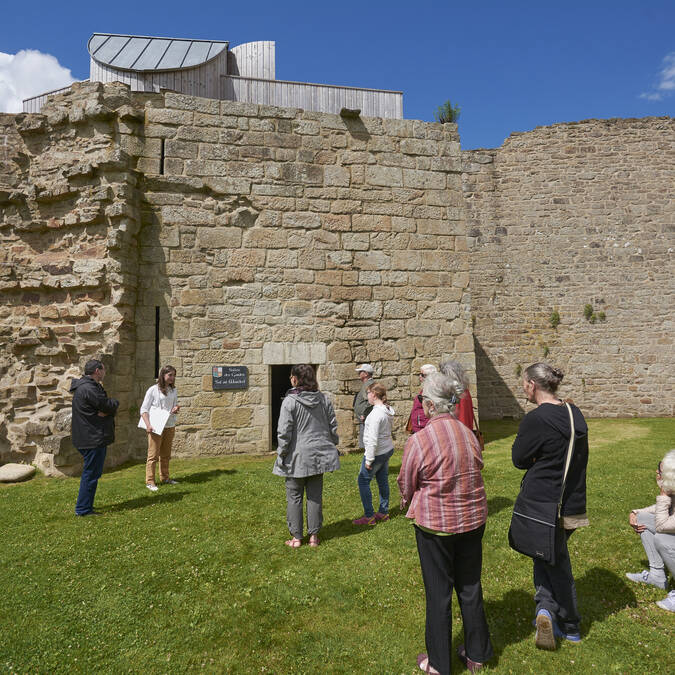 Guided tour around the ramparts © M-A Gouret-Puillandre