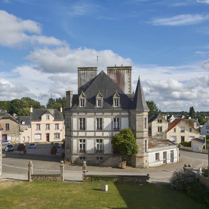 The town hall © M-A Gouret-Puillandre
